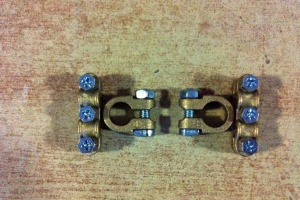 akkumlator-saruk-02EF0D51BB-3638-0D1D-060C-09D7B5AD25A0.jpg